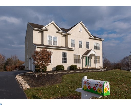 Colonial,Traditional, Detached - KENNETT SQUARE, PA (photo 2)