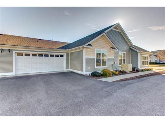 Condo/Townhouse, Patio Home - Chester, VA (photo 3)