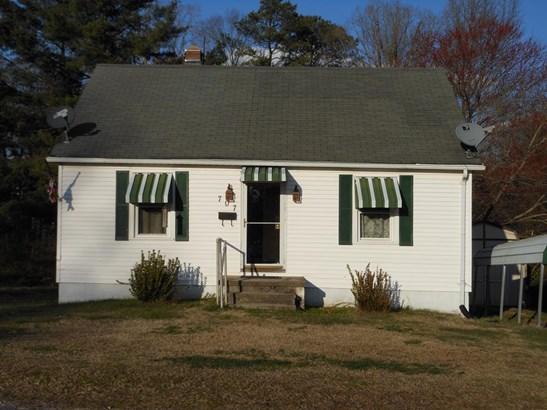Cape Cod, Residential - Crewe, VA (photo 1)