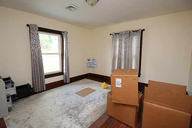 Residential, Foursquare - Vinton, VA (photo 4)