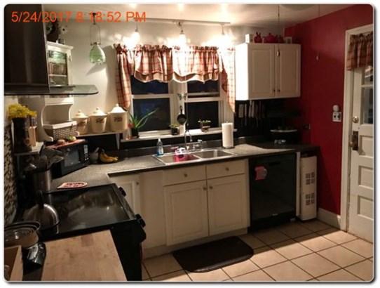Cape Cod, Single Family - Exmore, VA (photo 4)