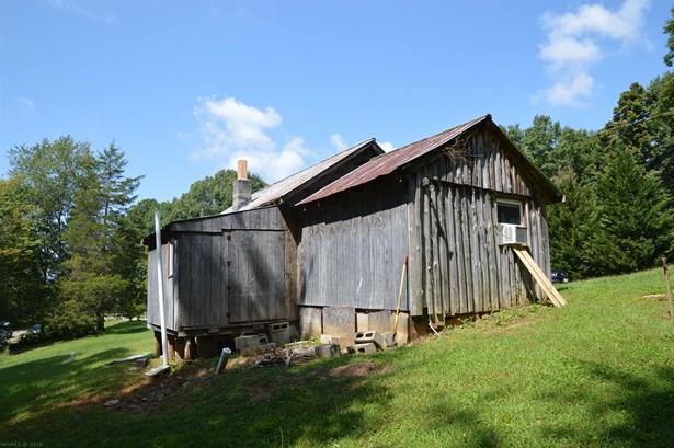 Cabin, Detached - Allisonia, VA (photo 5)