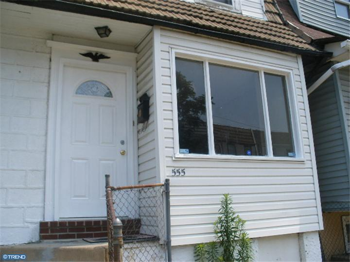 Row/Townhouse, AirLite - UPPER DARBY, PA (photo 1)