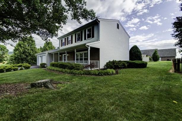 Residential, Colonial - Roanoke, VA (photo 4)