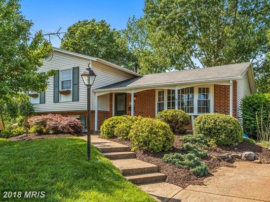 Split Level, Detached - MANASSAS, VA (photo 2)