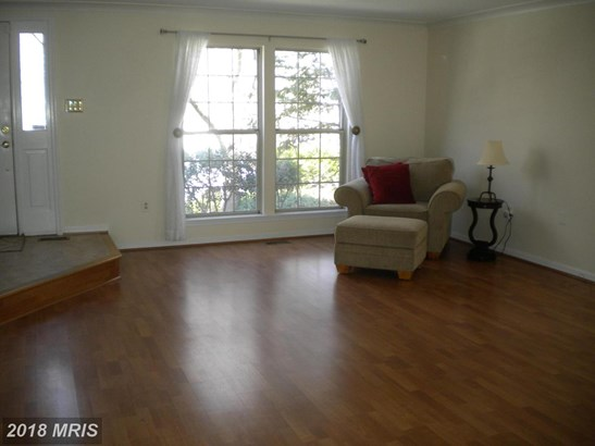 Colonial, Attach/Row Hse - GERMANTOWN, MD (photo 4)