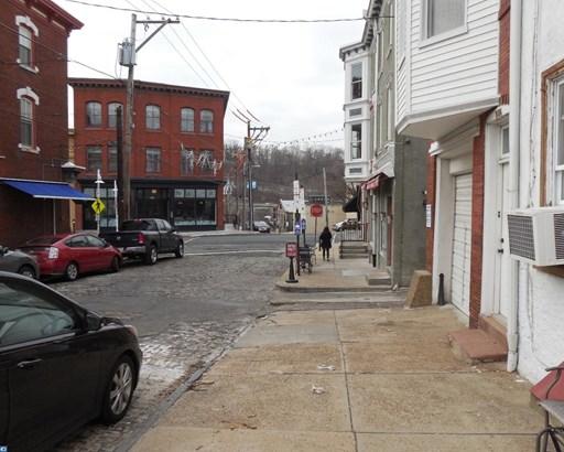 Row/Townhouse, Traditional - PHILADELPHIA, PA (photo 3)