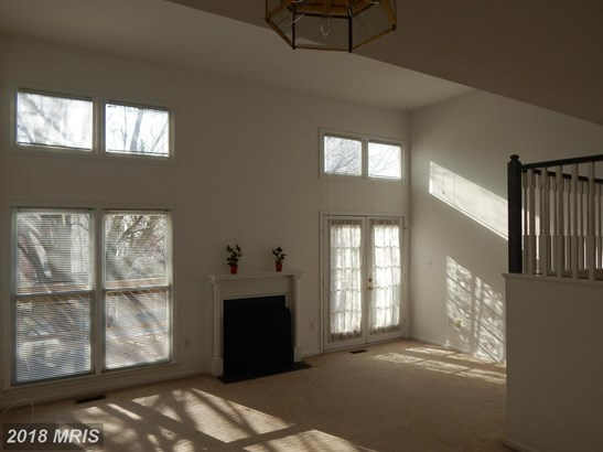 Traditional, Attach/Row Hse - STERLING, VA (photo 4)