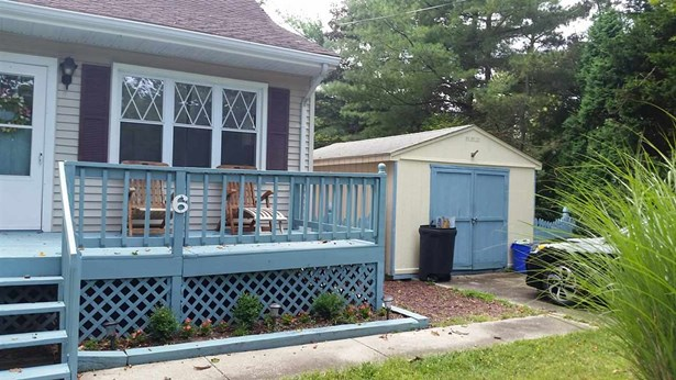 Two Story, Cottage, Single Family - Del Haven, NJ (photo 3)