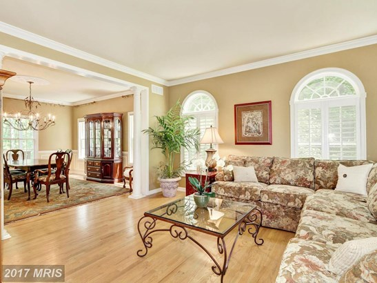 Colonial, Detached - COCKEYSVILLE, MD (photo 3)