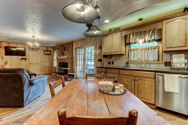 Residential, Ranch - Vinton, VA (photo 4)