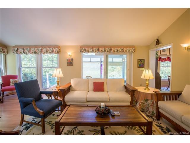 Ranch, Single Family - Weems, VA (photo 5)