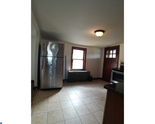 Unit/Flat, Duplex - BRIDGEPORT, PA (photo 2)