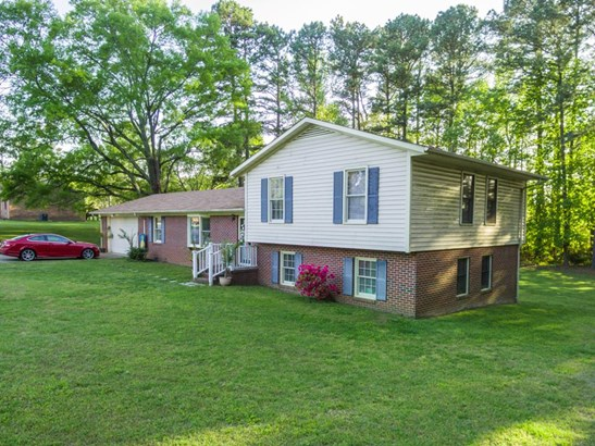 Residential/Vacation, 2 Story,Split Level - South Hill, VA (photo 1)