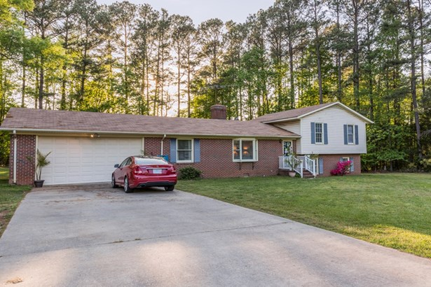 Residential/Vacation, 2 Story,Split Level - South Hill, VA (photo 4)