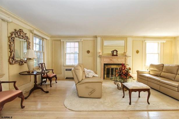 Colonial, Single Family - Margate, NJ (photo 4)