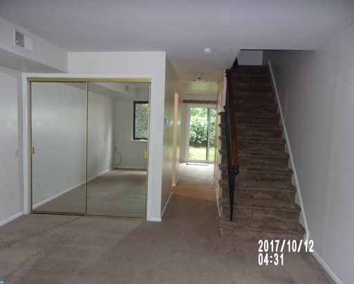 Row/Townhouse, Traditional - WEST CHESTER, PA (photo 2)