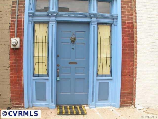 Rowhouse/Townhouse, Single Family - Richmond, VA (photo 2)