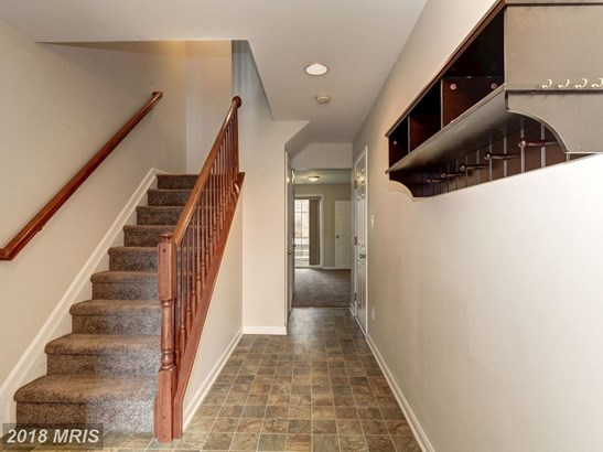 Townhouse, Colonial - HANOVER, PA (photo 2)
