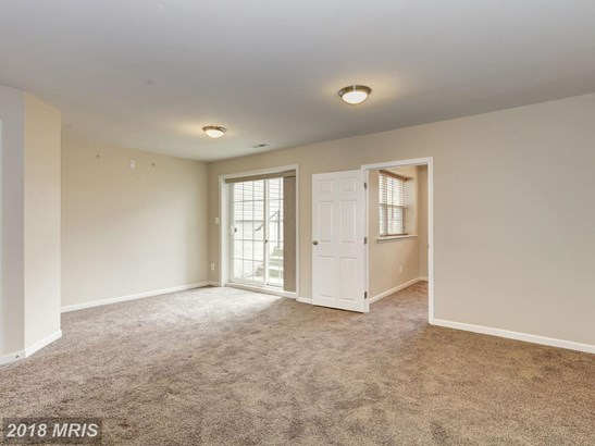 Townhouse, Colonial - HANOVER, PA (photo 4)