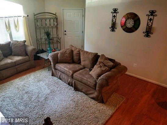 Townhouse, Contemporary - OXON HILL, MD (photo 4)