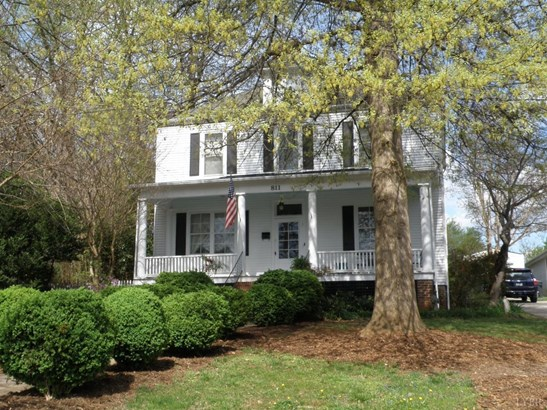 Single Family Residence, Victorian - Bedford, VA (photo 3)