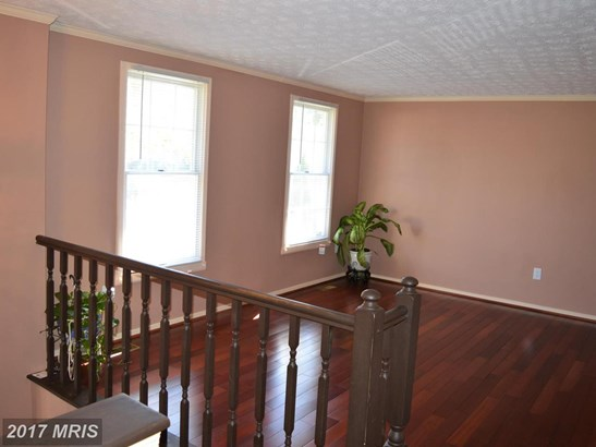Split Foyer, Detached - DISTRICT HEIGHTS, MD (photo 4)