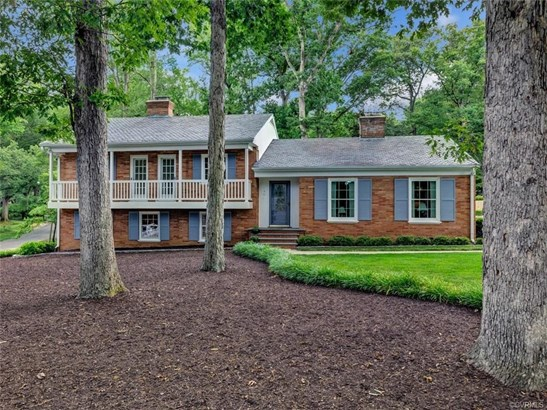 Colonial, Mid-Century Modern, Tri-Level, Single Family - Richmond, VA