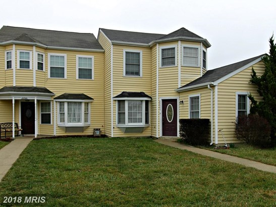 Townhouse, Traditional - GREAT MILLS, MD (photo 1)