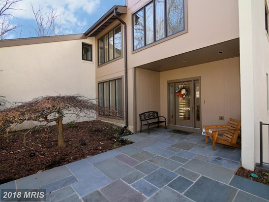 Contemporary, Detached - FAIRFAX STATION, VA (photo 5)