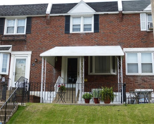 Row/Townhouse, StraightThru - GLENOLDEN, PA (photo 1)