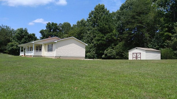 Single Family Residence, Ranch - Goodview, VA (photo 4)