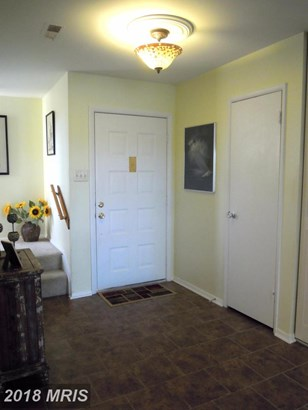 Townhouse, Colonial - COCKEYSVILLE, MD (photo 3)