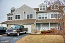 Contemporary, Attach/Row Hse - CHESTER, MD (photo 1)