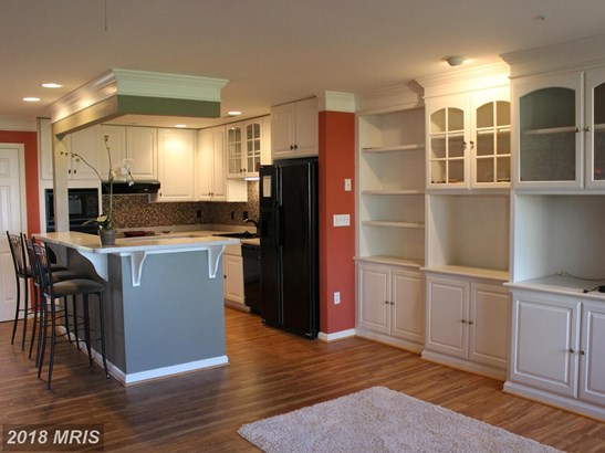 Contemporary, Attach/Row Hse - CHESTER, MD (photo 3)