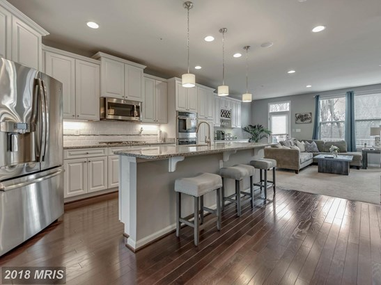 Townhouse, Traditional - NEW MARKET, MD (photo 1)