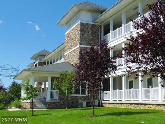 Garden 1-4 Floors, Contemporary - PERRYVILLE, MD (photo 1)