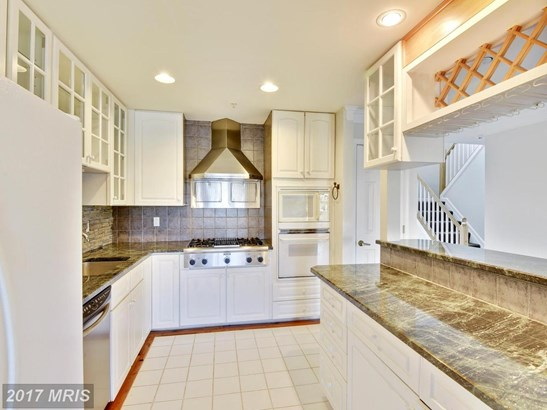 Townhouse, Contemporary - CHESTER, MD (photo 3)