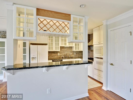 Townhouse, Contemporary - CHESTER, MD (photo 4)