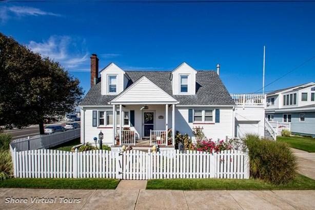 Cape Cod, Single Family - Wildwood Crest, NJ (photo 1)