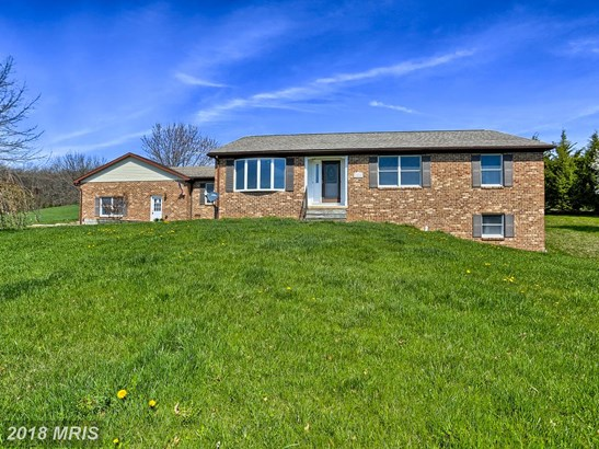 Rancher, Detached - MANCHESTER, MD (photo 2)