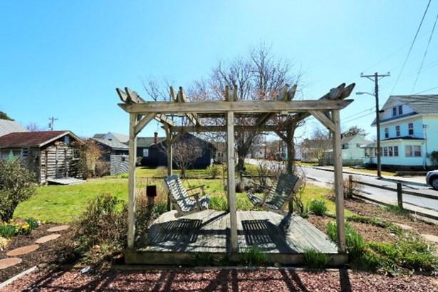 Beach House,Eastern Shore Style, Single Family - Chincoteague, VA (photo 3)