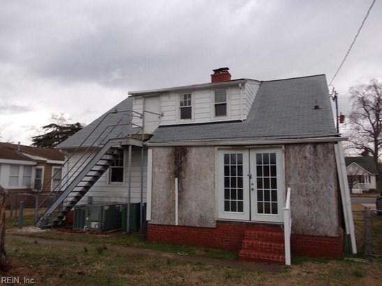 Cape Cod, Single Family - Hampton, VA (photo 2)
