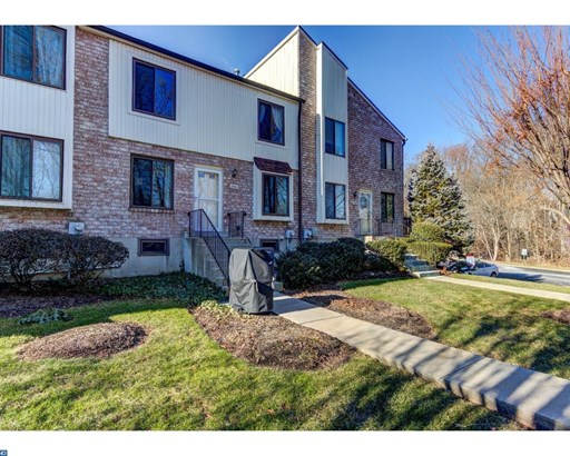 Row/Townhouse, Colonial - BROOKHAVEN, PA (photo 2)