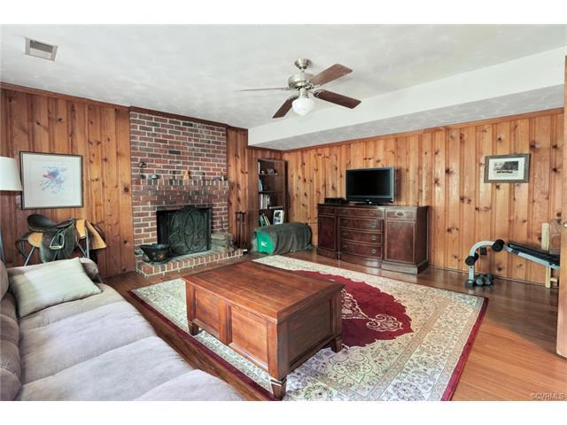 Tri-Level/Quad Level, Single Family - North Chesterfield, VA (photo 4)