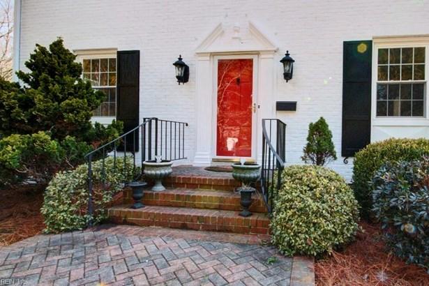 Colonial, Traditional, Single Family - Newport News, VA (photo 2)