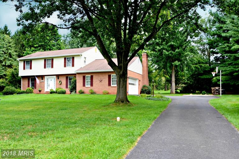 Colonial, Detached - REISTERSTOWN, MD