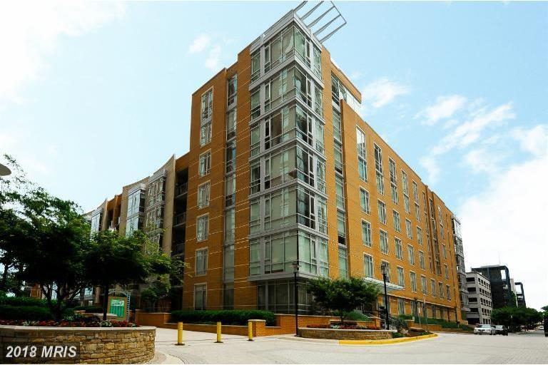 Mid-Rise 5-8 Floors, Contemporary - RESTON, VA (photo 1)