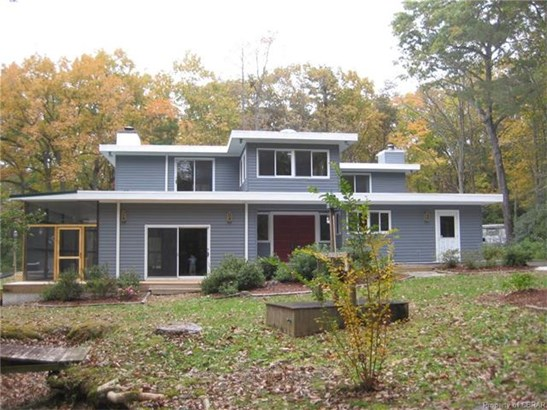 Contemporary, Single Family - Urbanna, VA (photo 1)