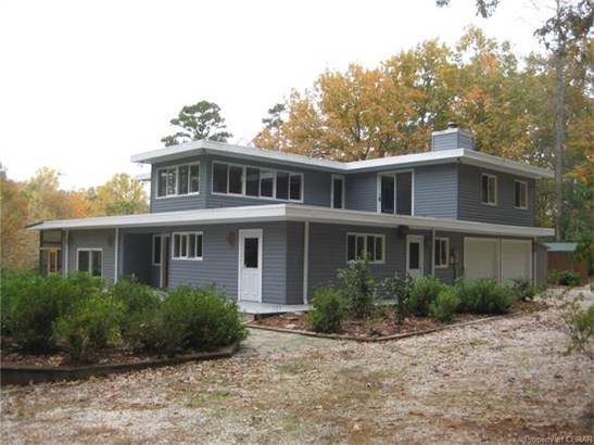 Contemporary, Single Family - Urbanna, VA (photo 3)